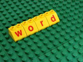Hvordan å strekke Et bilde Across 2 sider i Word 2007