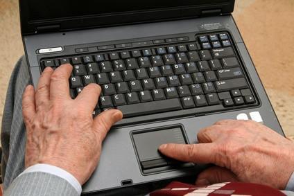 Hvordan erstatte et tastatur på en Dell Latitude D600