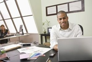 Hvordan å nedgradere Outlook 2007 PST-filer til Outlook 2003