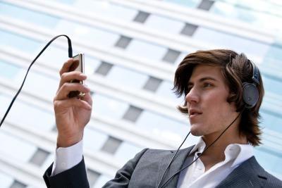 Hvordan redigere og fart MP3 av møte Notater