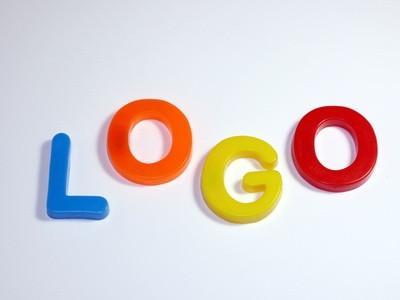 Hvordan lage et gratis nettsted Logo