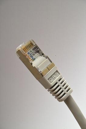 Hvordan bruke nettverkskabel tester