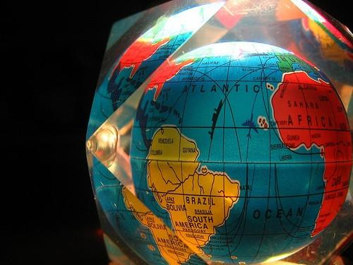 Forskjellen mellom Google Maps og Google Earth