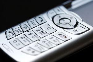 Hvordan sende bilder til mobiltelefoner ved hjelp av Outlook