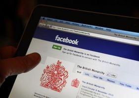 Hvordan finne Facebook Under felles e-post