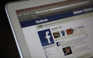 Hvordan Avslør en skjult e-post på Facebook