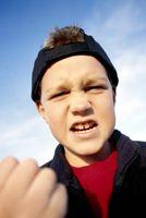 Hvordan å stoppe mobbing på Facebook
