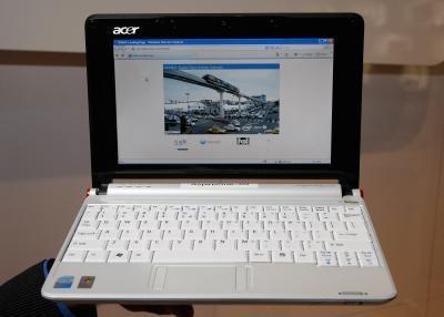 Hvordan lage en selvinstaller oppstartbar USB-nøkkel for å installere et OS