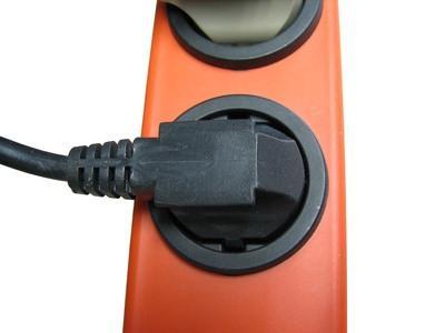 Datamaskin Power Connector Typer