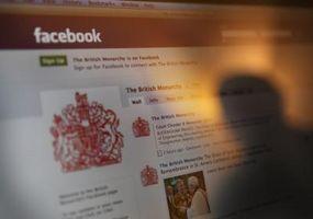 Hvordan Endre Facebook til engelsk og holde det slik