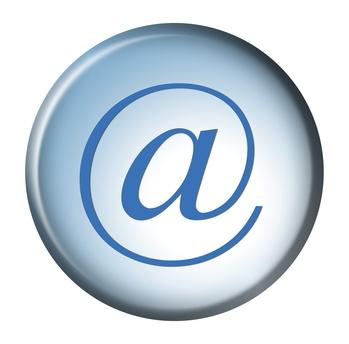 Slik konfigurerer SMTP server for å sende e-post