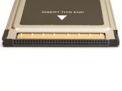 Hvordan koble en PCMCIA-kort til en bærbar PC med USB