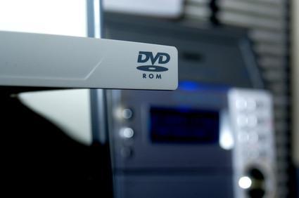 Hvordan brenne AVI videofiler til Roxio DVD