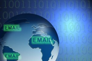 Hvordan sende Automated e-post