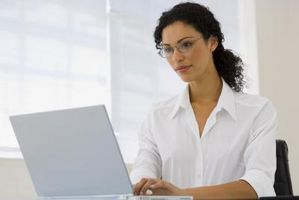 Slik installerer eller avinstallere Software Manager